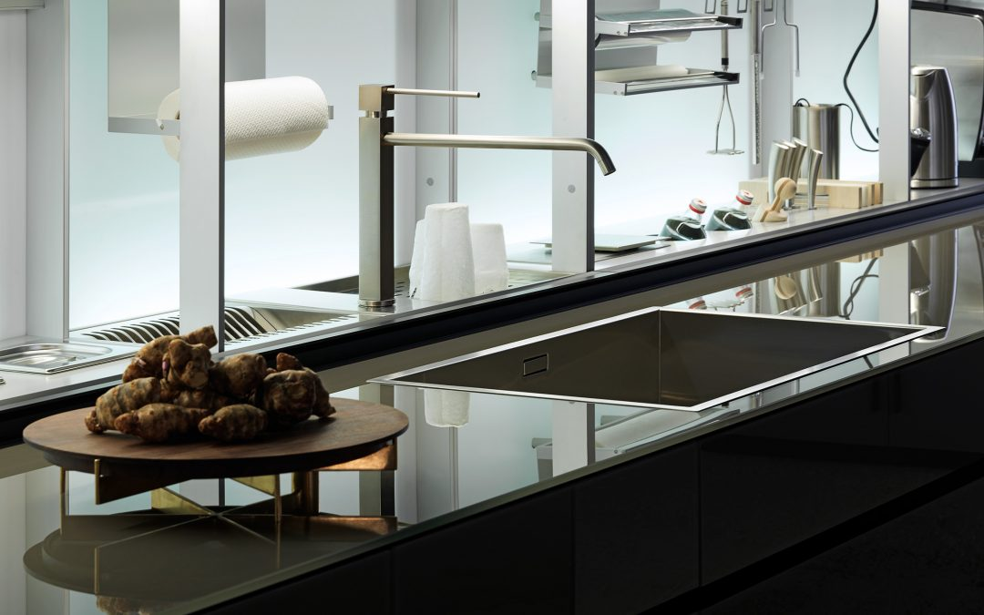 "Valcucine -50% ""Glass is more"""